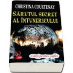 Sarutul secret al intunericului (Courtenay Christina)