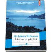 Intre cer si pamant (Traducere din limba franceza de Magda Raduta)