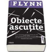 Gillian Flynn, Obiecte ascutite