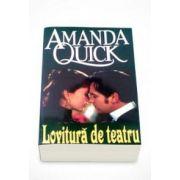 Amanda Quick, Lovitura de teatru