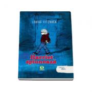 Harriet spioneaza (Colectia, carti cu talc)