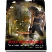 Aleea intunericului. Vampirii din Morganville. Volumul III, partea I - Editie de buzunar