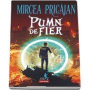 Pumn-de-Fier de Mircea Pricajan
