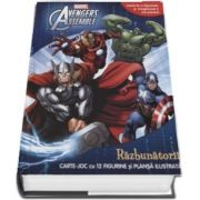 Avengers assemble. Razbunatorii. Carte joc cu 12 figurine si plansa ilustrata (Joaca-te cu figurinele si imagineaza-ti noi aventuri) - Seria Marvel