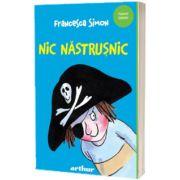 Nic Nastrusnic, Francesca Simon