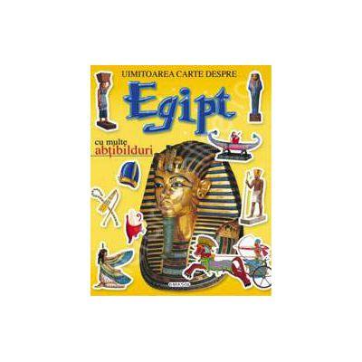 Uimitoarea carte despre Egipt - cu multe abtibilduri