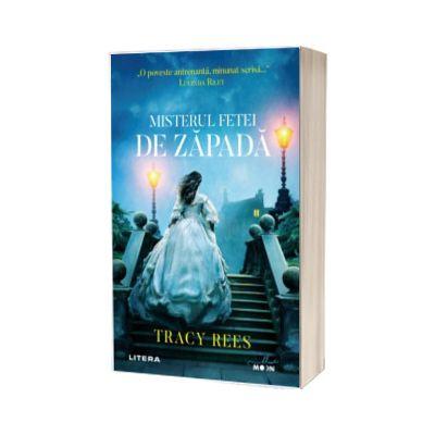 Misterul fetei de zapada, Tracy Rees, Litera